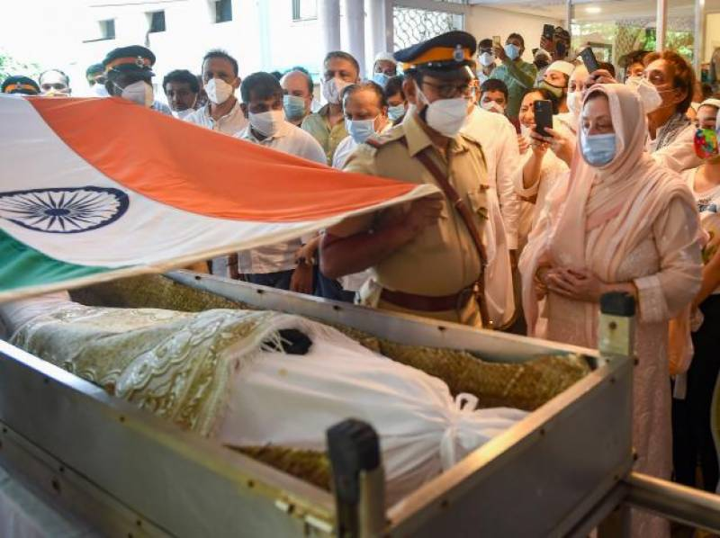 Dilip Kumar laid to rest with full state honours in Mumbai