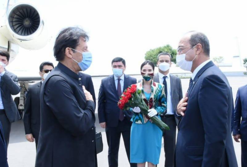 PM Imran reaches Uzbekistan on two-day official visit