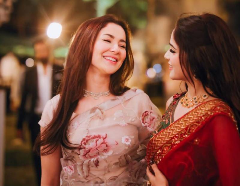 IN PICS: Hania Aamir steals the limelight at Aima Baig's engagement
