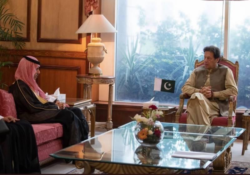 PM Imran stresses boosting economic ties in meeting with Saudi FM