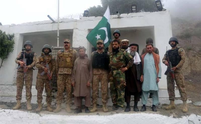 Pakistan repatriates five more Afghan soldiers: ISPR