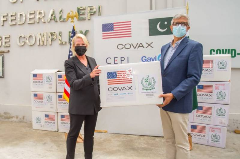 Pakistan receives 3 million Moderna vaccine doses from US