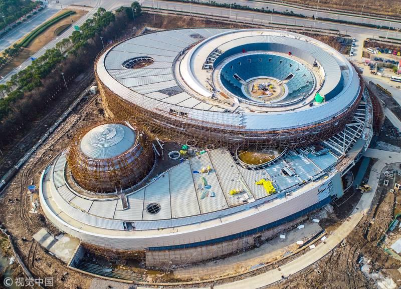 China unveils 'world's largest' planetarium