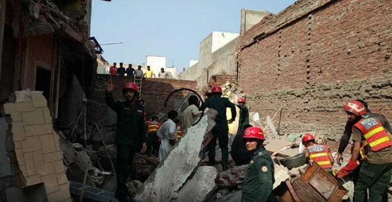 Five children killed, three injured as roof collapses in Lodhran