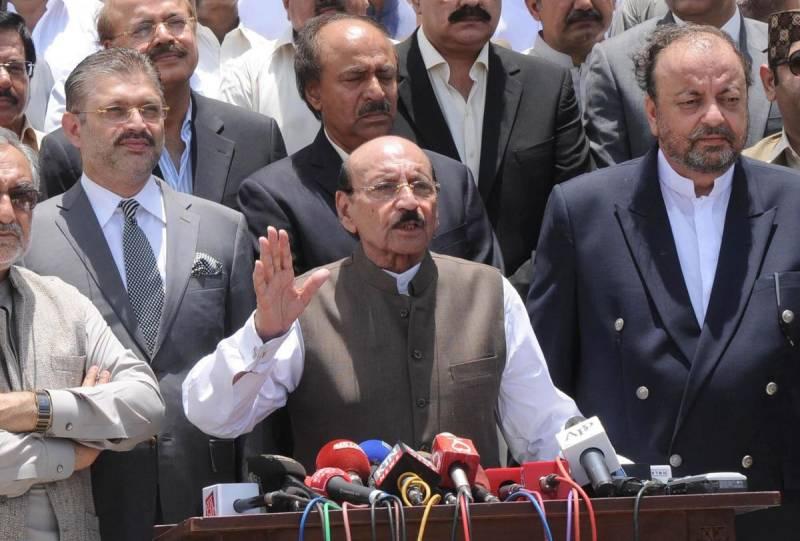 Former Sindh CM Qaim Ali Shah contracts coronavirus