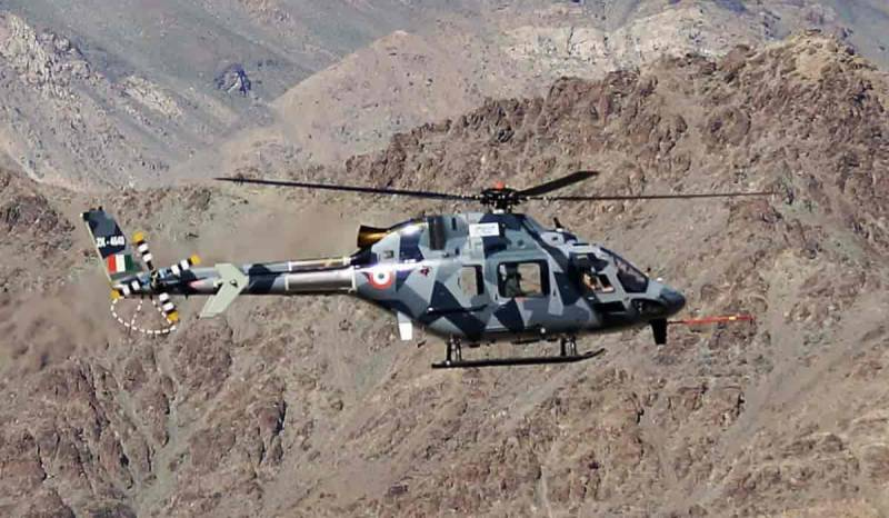 Indian army helicopter crashes in occupied Kashmir, search on for survivors