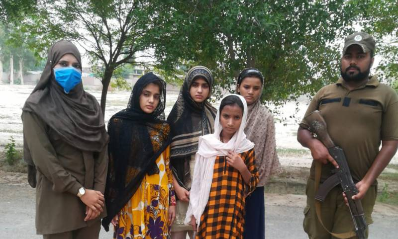 Four Lahore girls, who went missing, say they 'escape to get education'