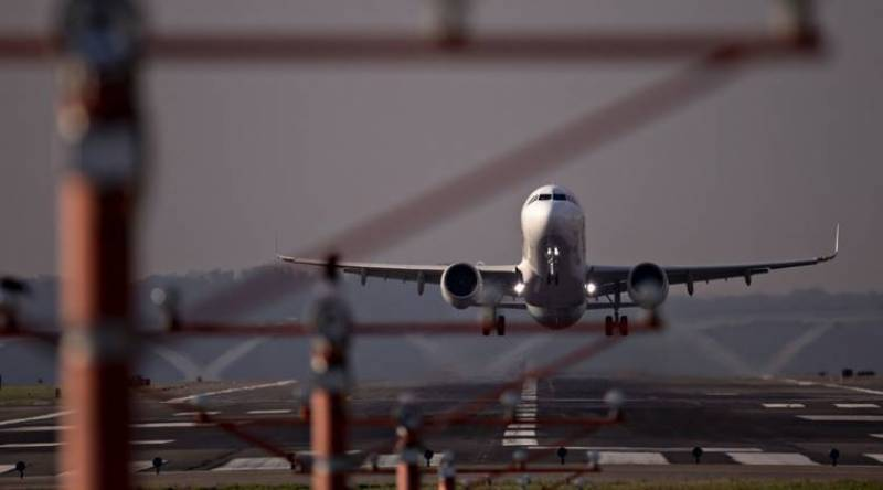 Pakistan bans air travel for unvaccinated people after Sep 10