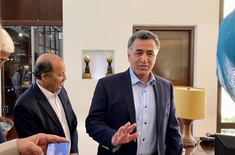 DG ISI meets former Afghan PM, Taliban leaders in Kabul