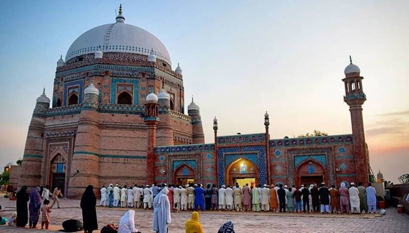 Urs celebrations of Hazrat Bahauddin Zakariya begin in Multan