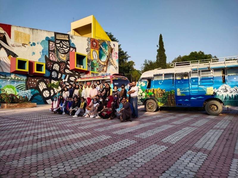 Bus Art Exhibit on Australia-Pakistan culture hits the road
