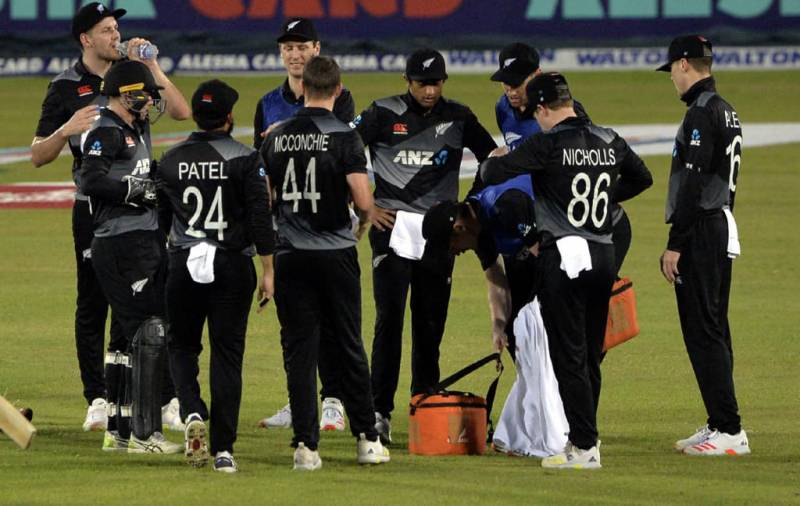NZ players fly out of Pakistan after cricket series abandonment