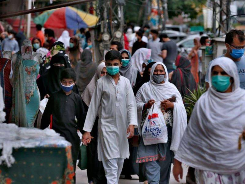 Pakistan reports 2,580 new Covid infections, active cases drop to 63,909