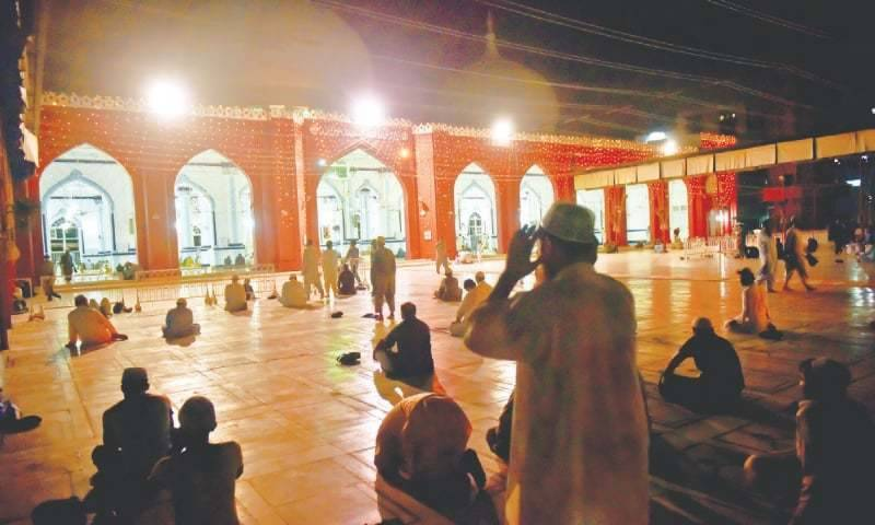 Sindh court tells employees of power supply company to clean mosque for two years