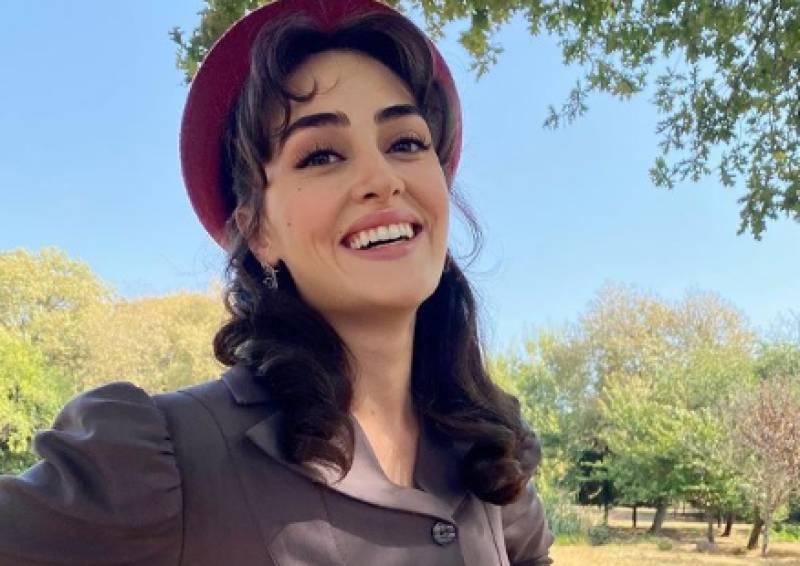 Birthday wishes pour in as Ertugrul star Esra Bilgic turns 29