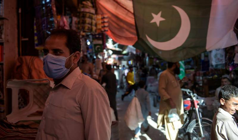 Pakistan records decline in Covid with 1,016 new infections in a day