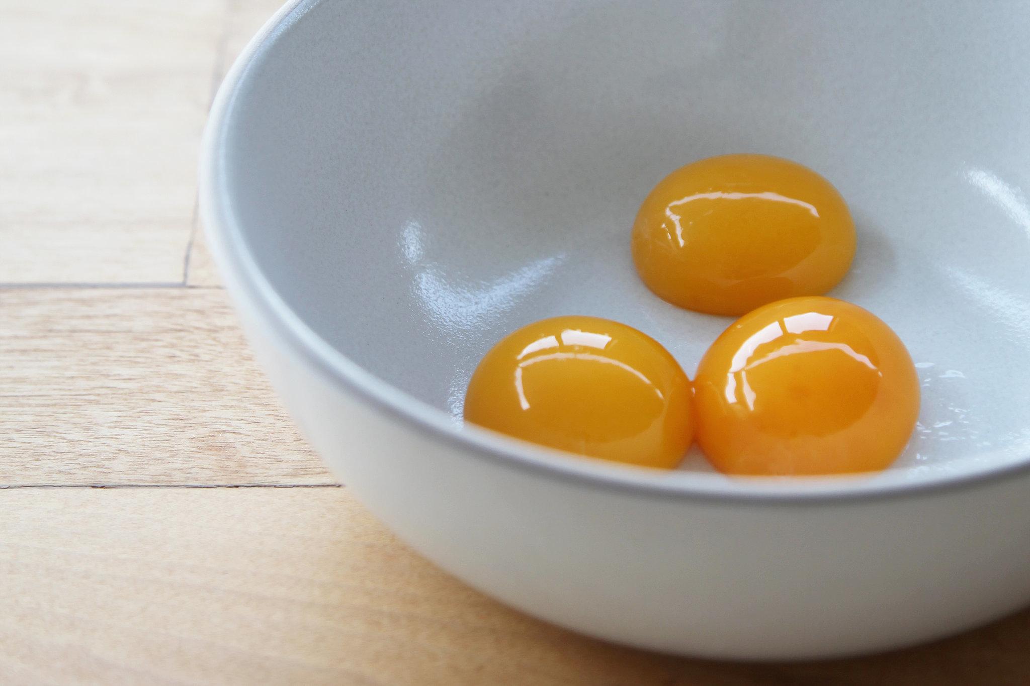 077fa881_Egg-Yolks-2.xxxlarge_2x