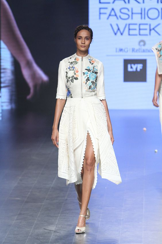 western-wear-dress-sahil-kochhar-embroidered-floral-yoke-dress-in-white-with-zipper-detail-lakme-fashion-week-summer-resort-2016