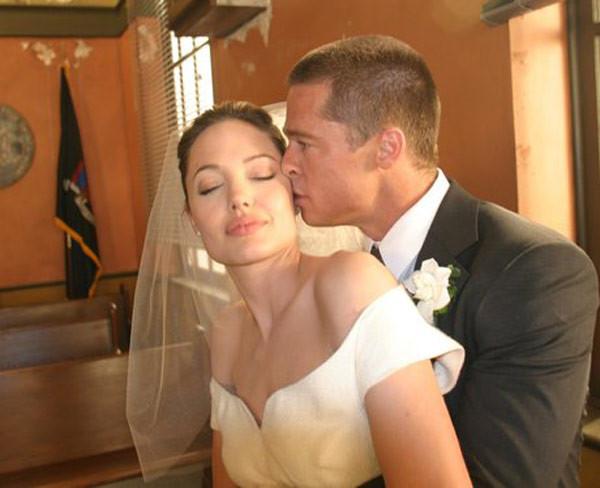brad-pitt-angelina-jolie-mr-mrs-smith-regency-enterprises-wedding