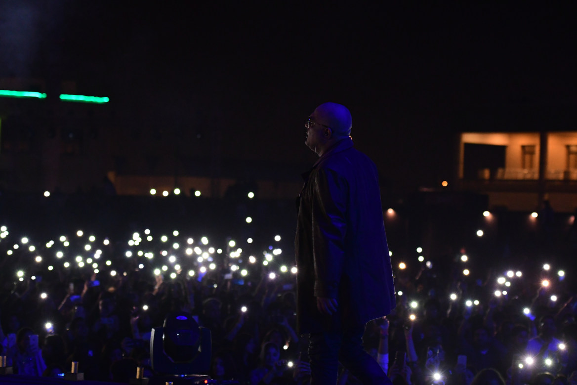At moments, the crowd was louder than Ali Azmat